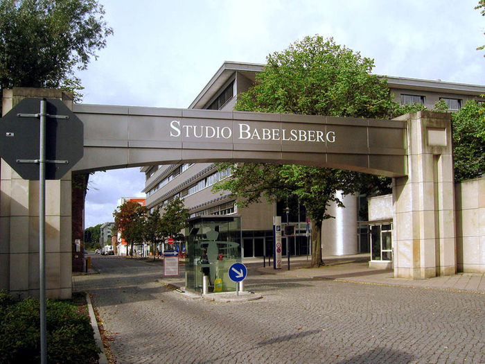 Filmstudio-Babelsberg-August-Bebel-Str.-26-53-14482-Potsdam